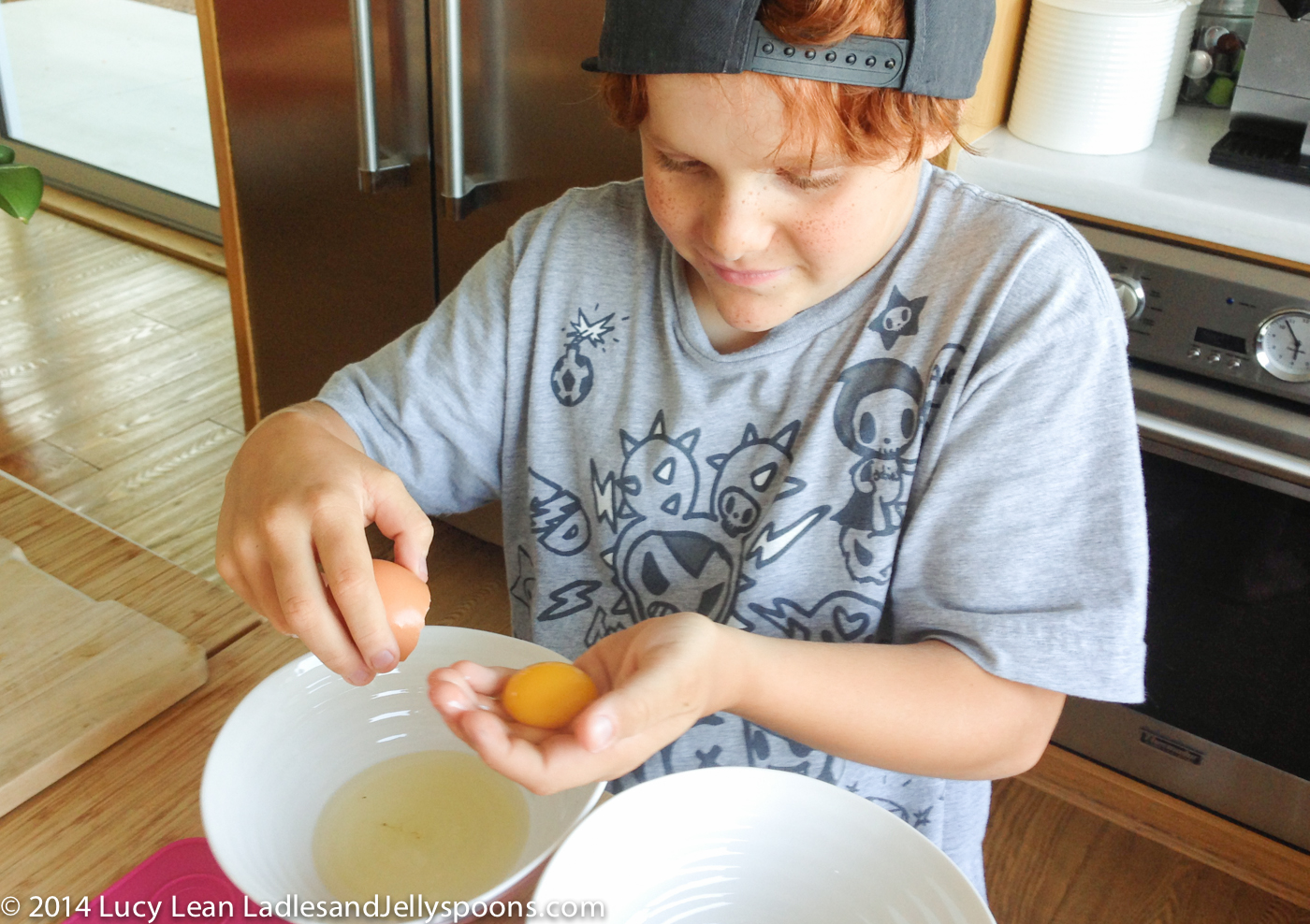 remy separates eggs