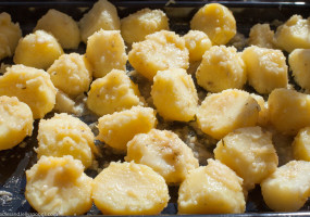 potatoes ready for roasting